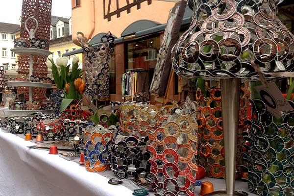 Lichtobjekte aus Nespresso Kaffeekapseln   Katja Meier-Chromik, Künstlerin